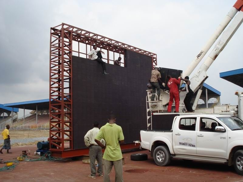 Scoreboard LED Display Project for Football Stadium Perimeter P10 / P16 / P20 Outside