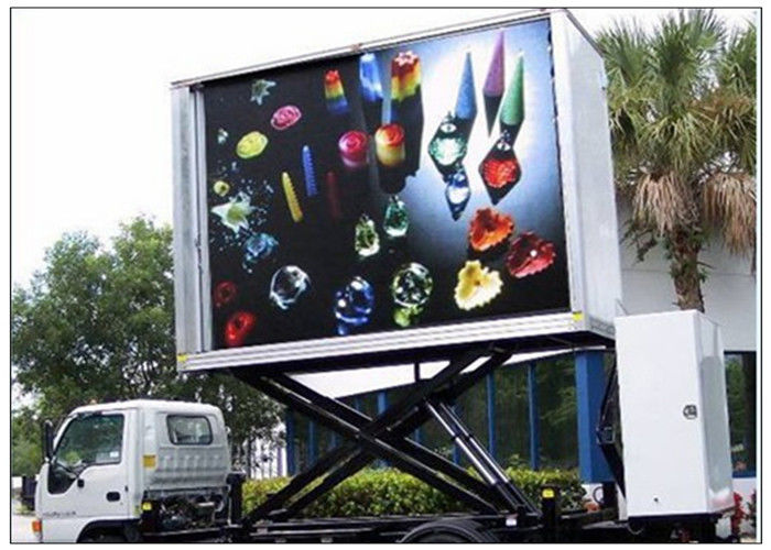 3 Sides Electronic Full Color Outdoor Message Boards ,  DIP346 LED Sdvertising Truck