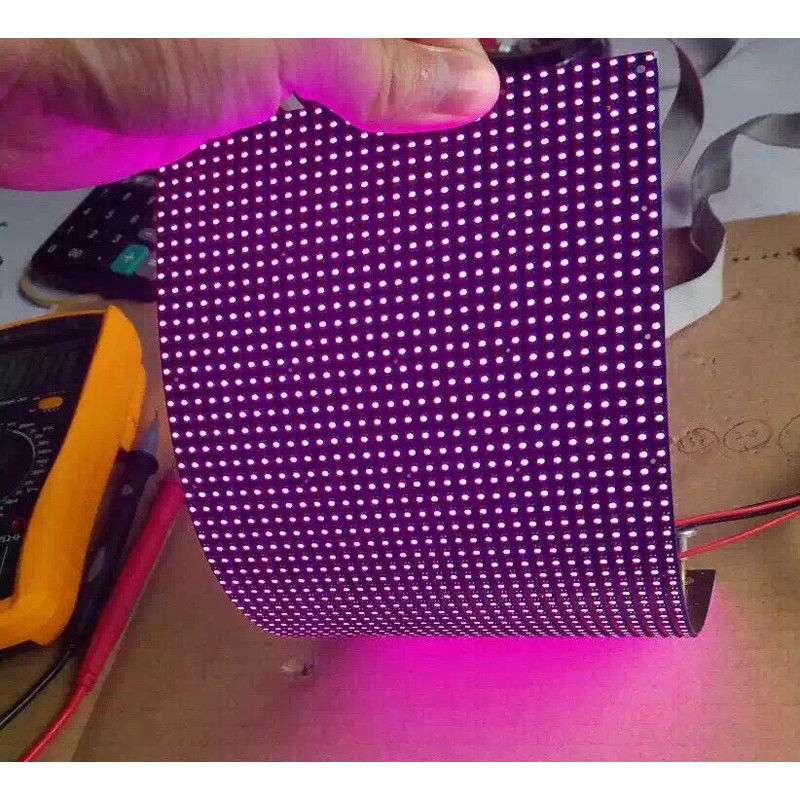 IP45 P4mm RGB flexible led video screen , flexible wall panels Cree Chip